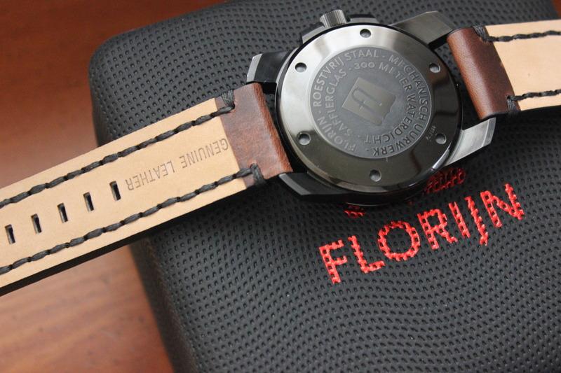 Name:  Florijn Diver on Panatime Dark Brown Vintage Tobacco Genuine Distressed Leather Watch Strap with.jpg Views: 34 Size:  138.7 KB