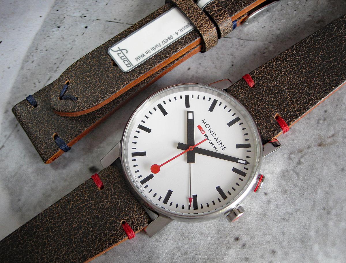 Name:  fluco-hunter-watch-strap-blue-red-mondaine.jpg Views: 23 Size:  1.13 MB
