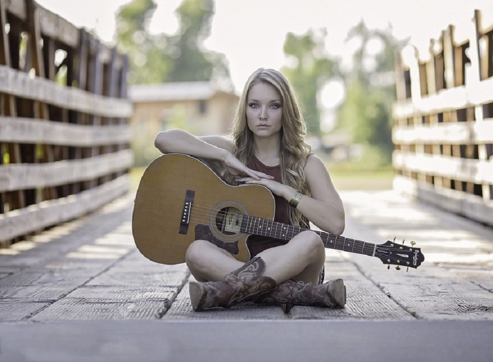 guitar-944261_960_720