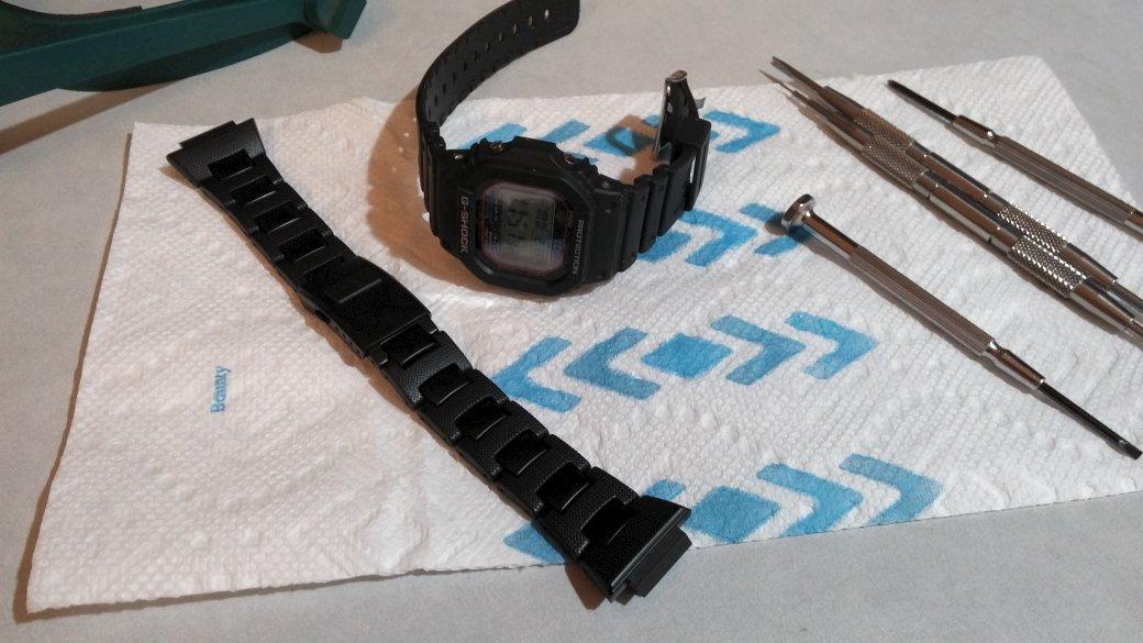 Name:  GWM5610-Bracelet-Swap-1.jpg Views: 264 Size:  110.6 KB