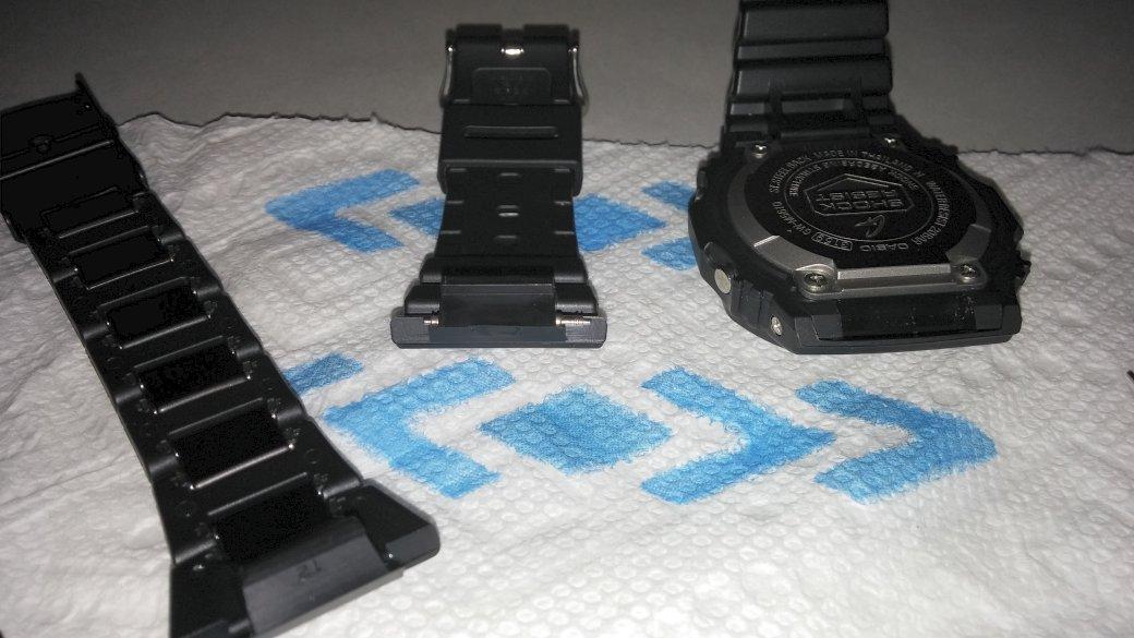 Name:  GWM5610-Bracelet-Swap-2.jpg Views: 253 Size:  104.2 KB