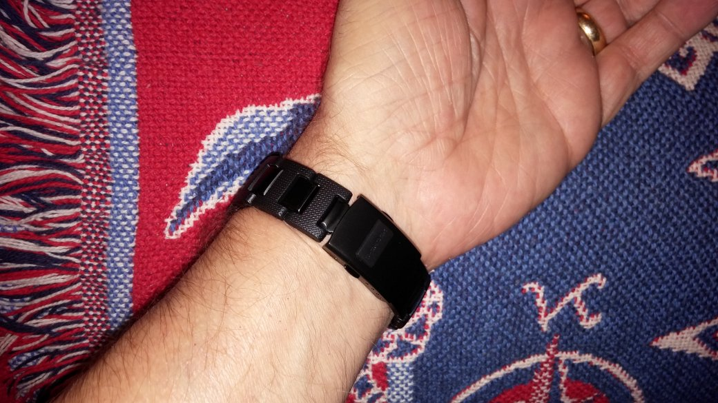 Name:  GWM5610-Bracelet-Swap-6.jpg Views: 265 Size:  147.1 KB