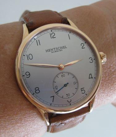 Name:  H1 wrist.JPG Views: 526 Size:  29.7 KB