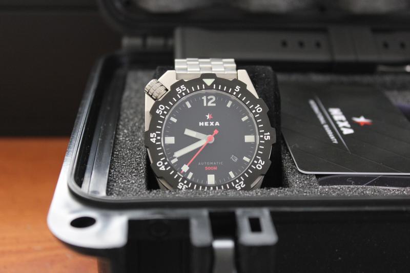 Name:  Hexa K500 on OEM bracelet1.jpg Views: 22 Size:  39.4 KB