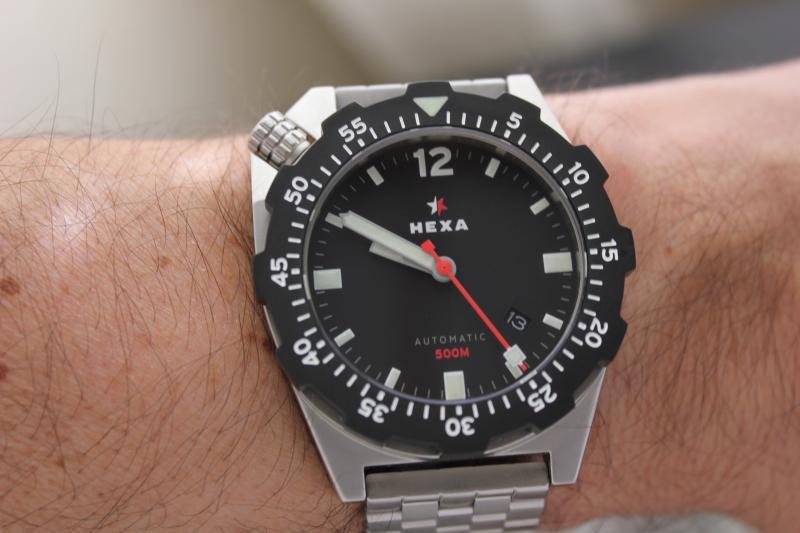 Name:  Hexa K500 on OEM bracelet11.jpg Views: 27 Size:  45.6 KB