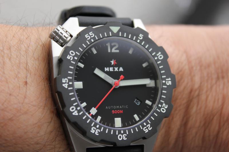 Name:  Hexa K500 on OEM rubber strap13.jpg Views: 47 Size:  42.3 KB
