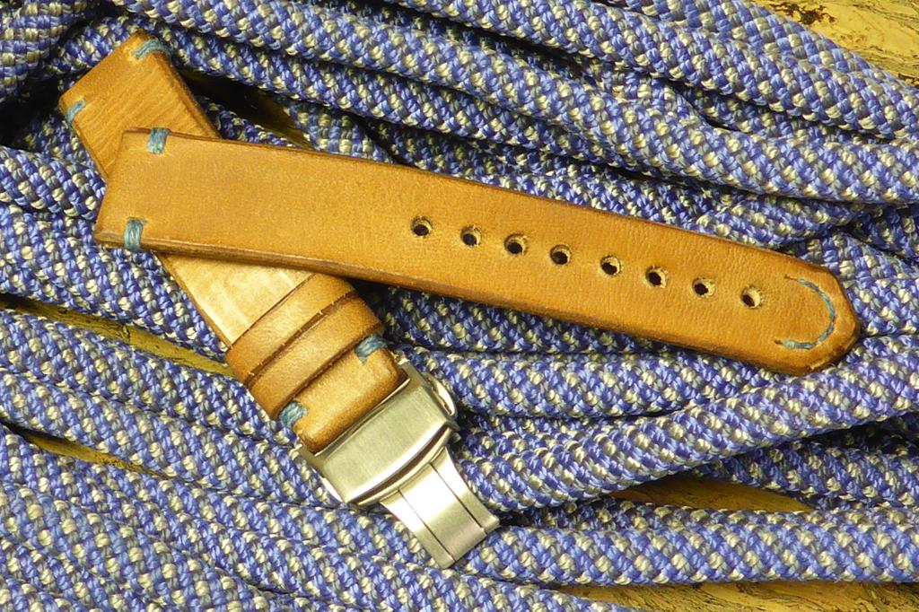 Name:  Horween thick.jpg Views: 125 Size:  198.4 KB