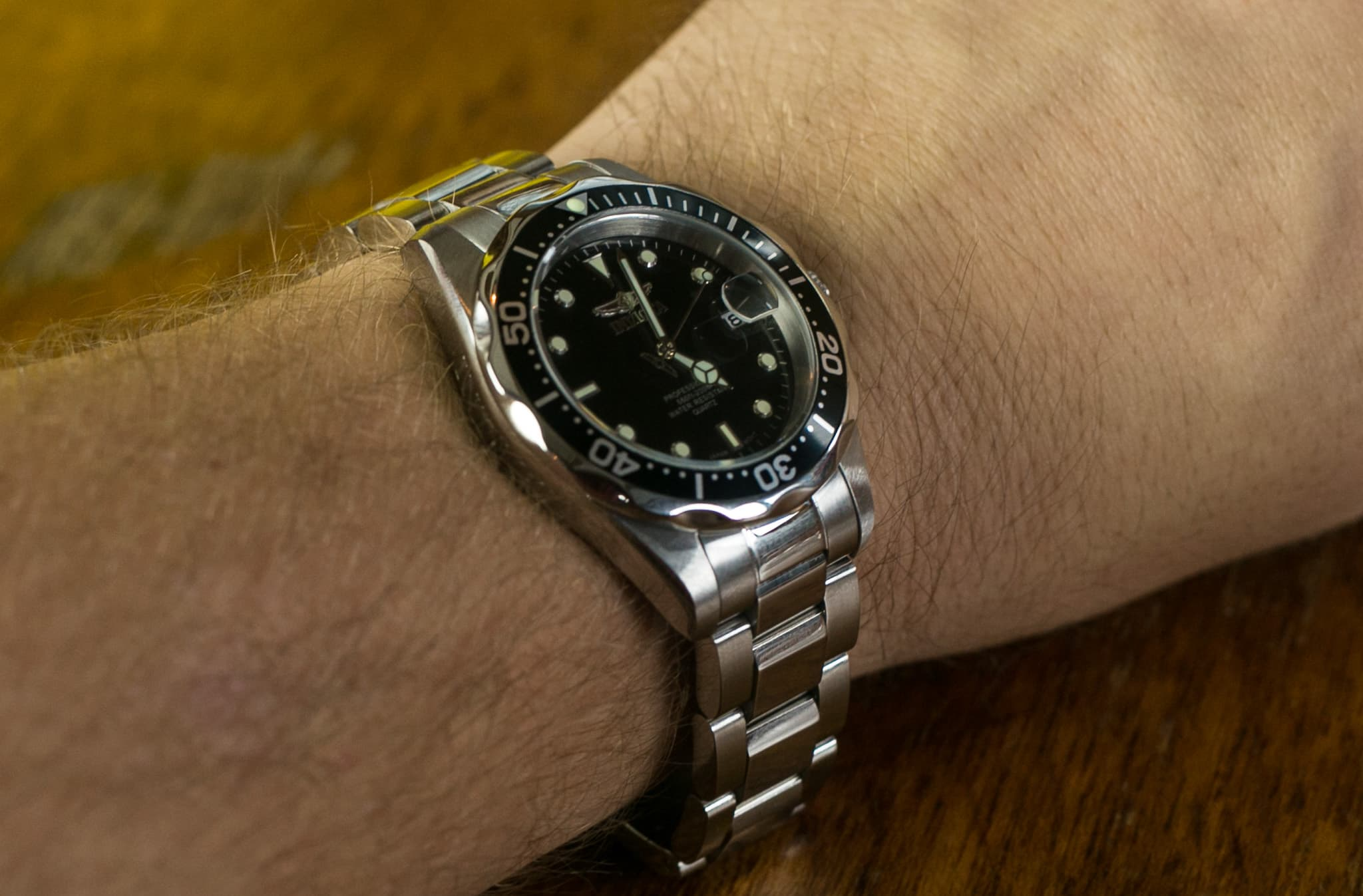 Name:  Invicta-8932-Pro-Diver-Unboxing-Wrist-Shot.jpg Views: 18 Size:  154.9 KB