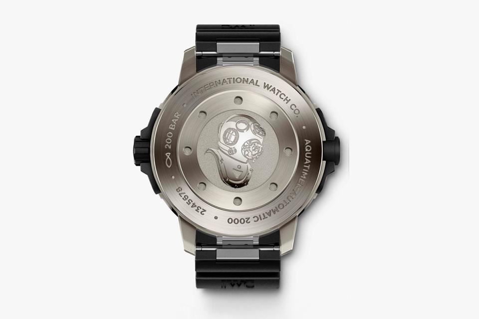 Name:  iwc-aquatimer-2014-watches-6-960x640.jpg Views: 2178 Size:  76.0 KB