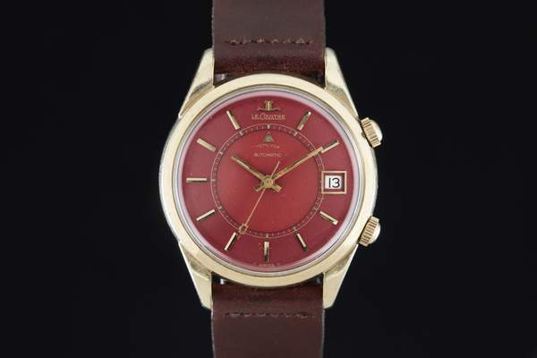 Name:  Jaeger_LeCoultre_Memovox_Solid_Gold_Red_Dial_AS02301_A_grande.jpg Views: 105 Size:  14.8 KB