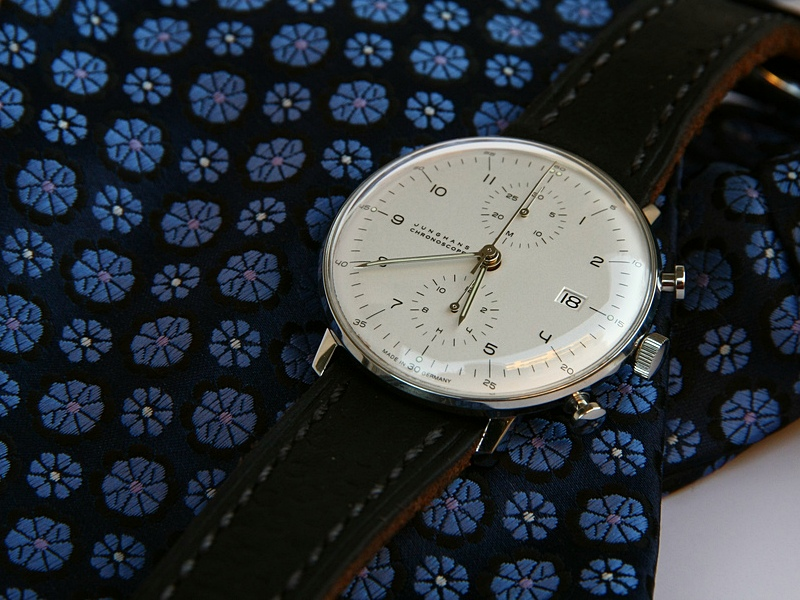 Name:  Junghans_Max_Bill_Chronoscope_white_mitadoc.jpg