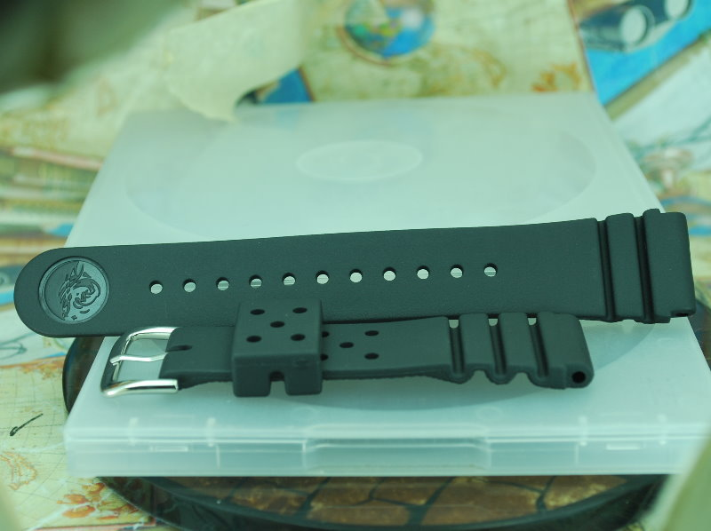 427768d1303849998-seiko-rubber-better-meanwhile-cheap-silicone-arrived-pics-inside-%24-kgrhqv-hse1qq5uijjbnegutgmnq%7E%7E_3.jpg