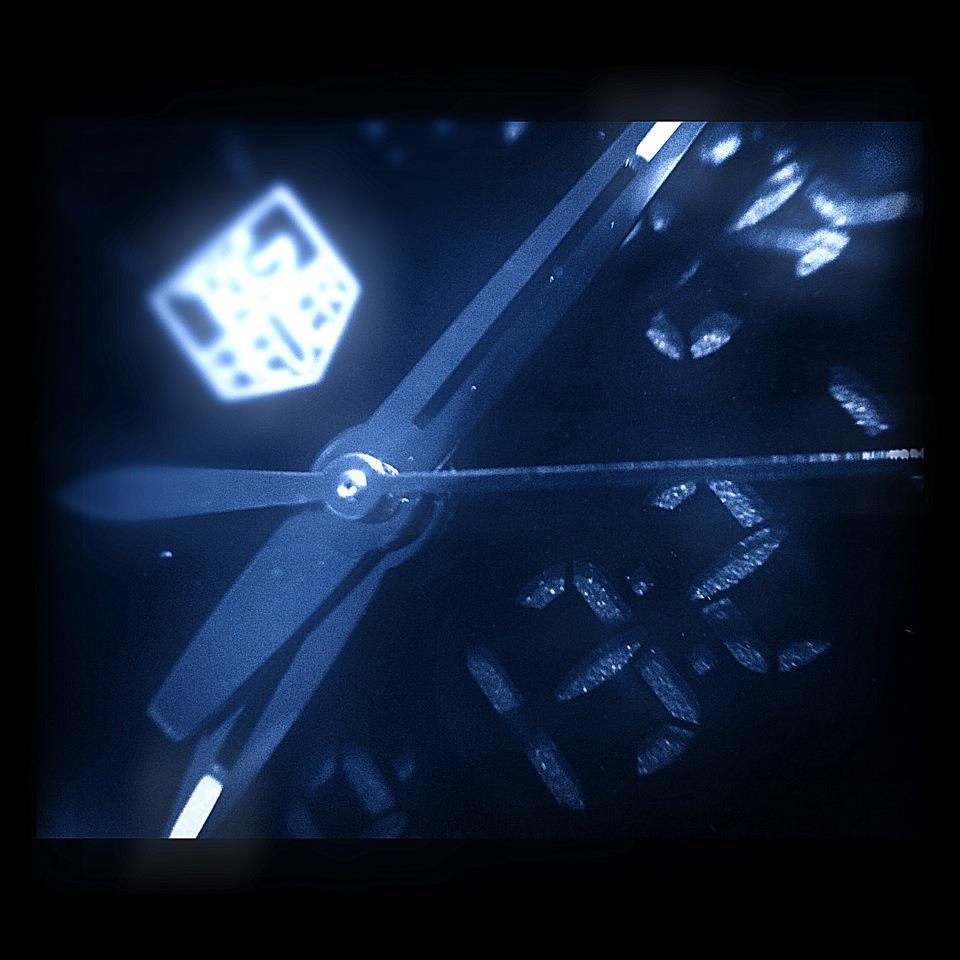 Name:  KiriumF1macroBlue.jpg Views: 873 Size:  72.2 KB