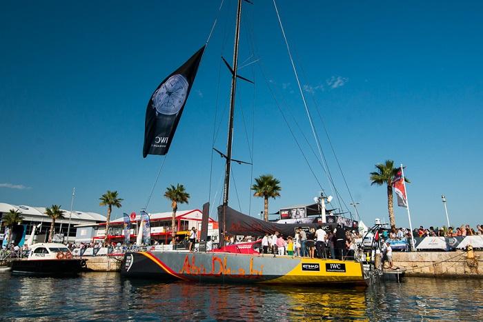 Name:  Launch Portuguese Yacht Club Ocean Racer.jpeg Views: 747 Size:  163.5 KB