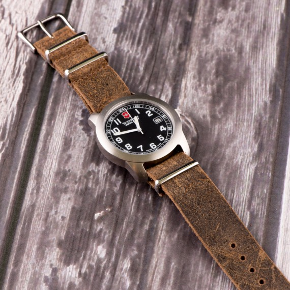 Name:  Leather-Nato-Watch-Strap-Suede-Autumn-Brown-on-watch-570x570.jpg