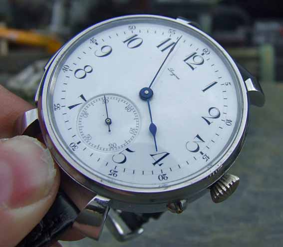 http://forums.watchuseek.com/attachment.php?attachmentid=192111&d=1244227351