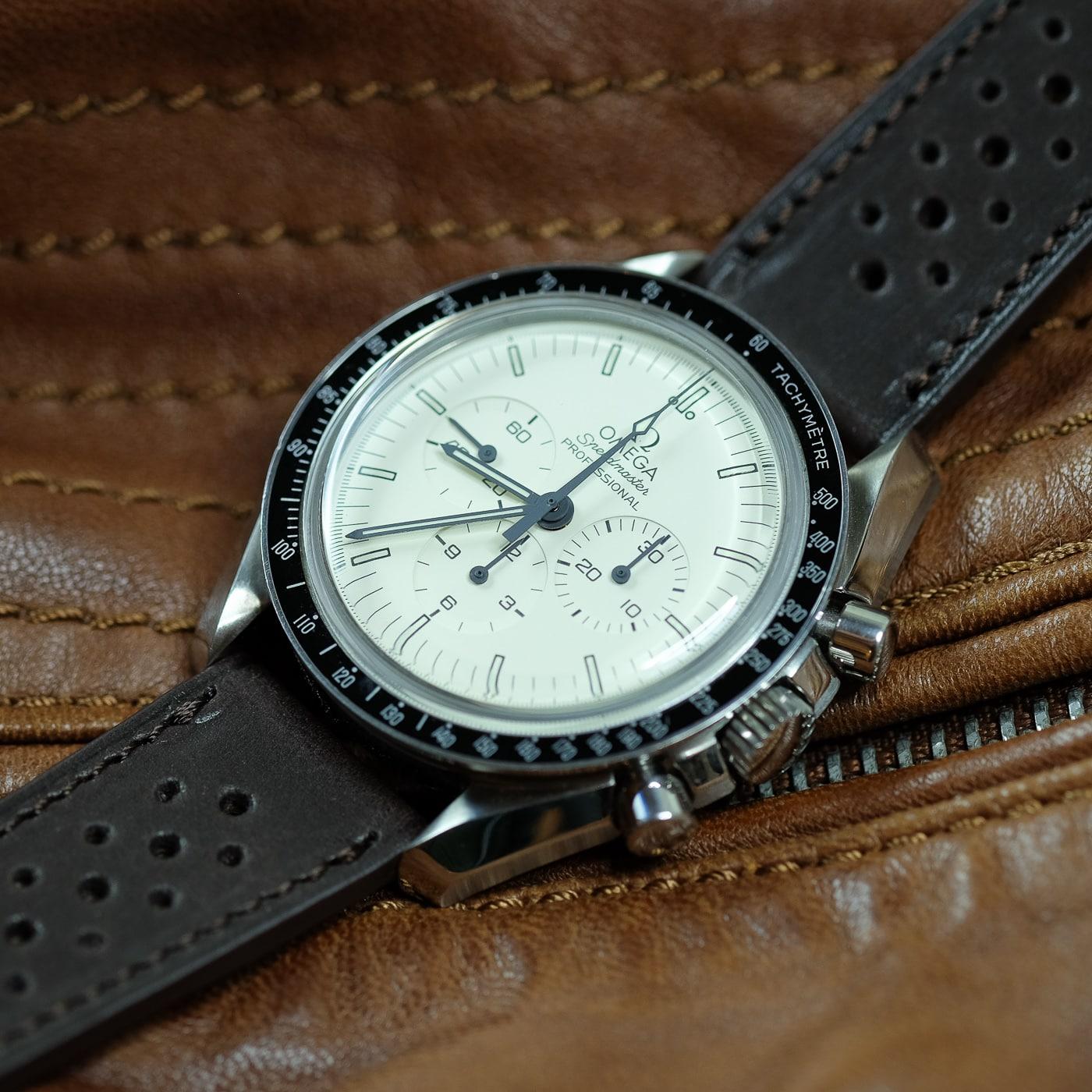 Name:  lugs-watch-strap-band-smooth-racing-barenia-brown-omega-speedmaster-vintage.jpg Views: 98 Size:  250.5 KB