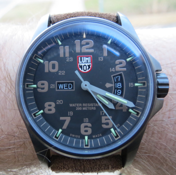 Name:  Luminox 1822-2.JPG