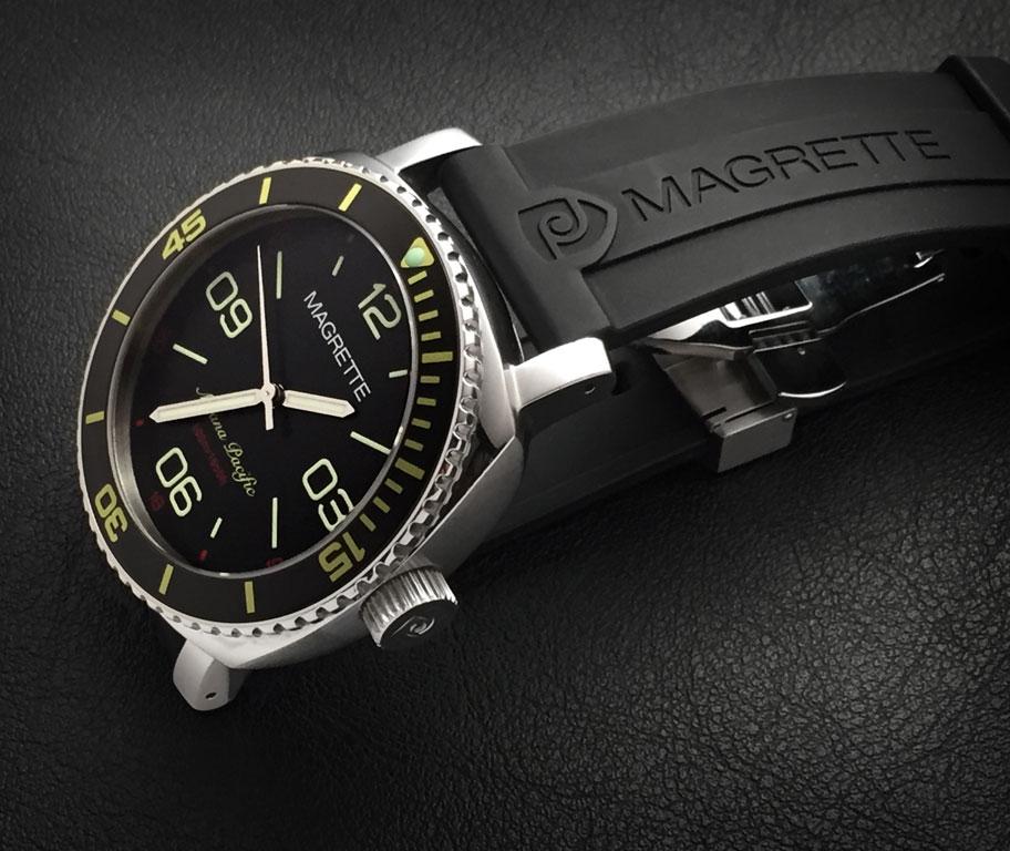 Name:  magrette_diver1-sm.jpg Views: 471 Size:  121.2 KB