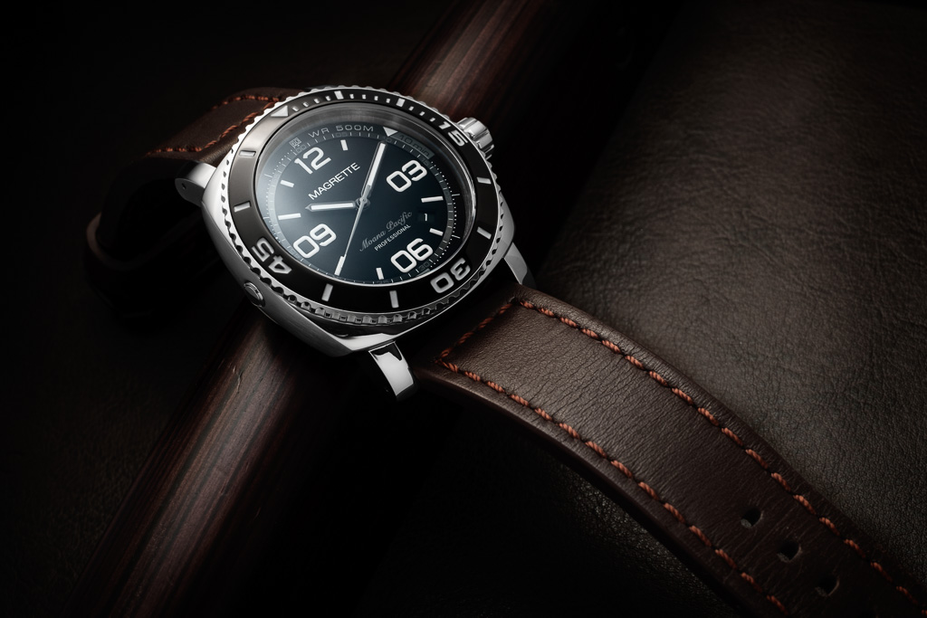 Name:  magrette_moanapacific_black-leather-2.jpg Views: 1658 Size:  182.9 KB