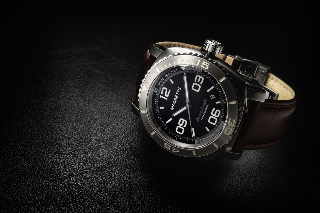 Name:  magrette_moanapacificpro_silver-leather.jpg Views: 1396 Size:  227.6 KB