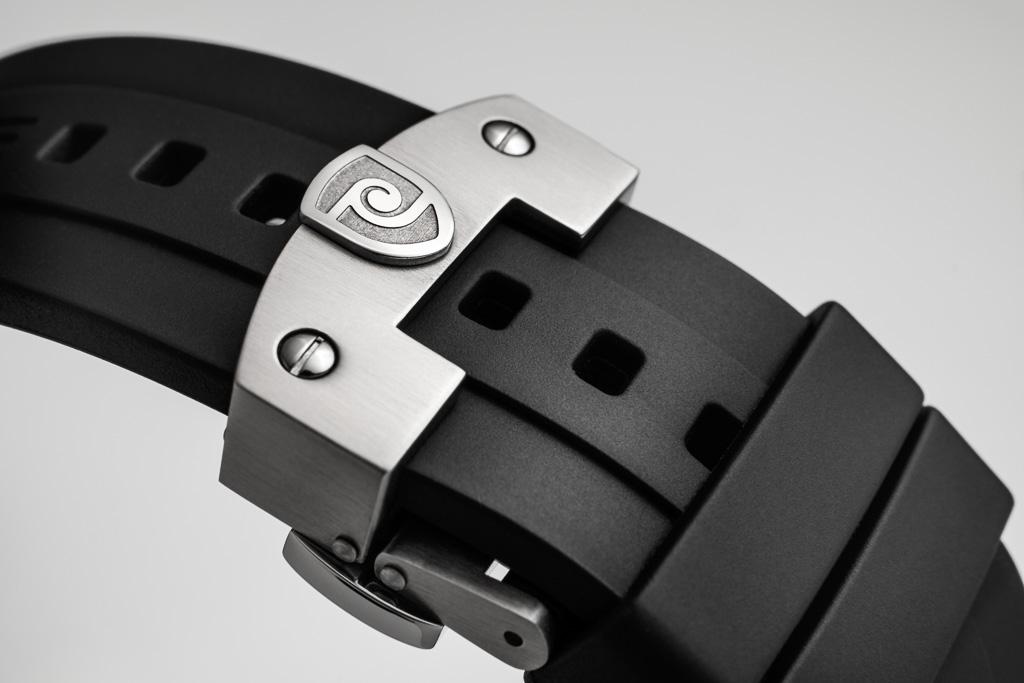Name:  magrette_rubber-integrated-strap-4.jpg Views: 1412 Size:  139.1 KB