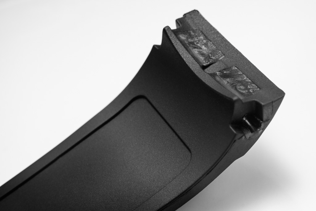 Name:  magrette_rubber-integrated-strap.jpg Views: 1387 Size:  127.7 KB