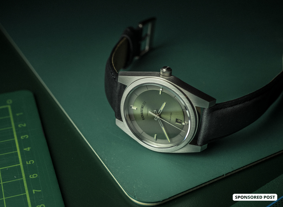 Richardt Mejer is now offering their first ever Automatic watch on Kickstarter, called simply Automatisk – translating into plain and simple 'Automatic'.