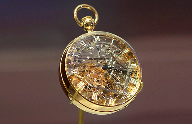 Name:  Marie-Antoinette-watch_Ambiance-1.jpg Views: 135 Size:  126.7 KB