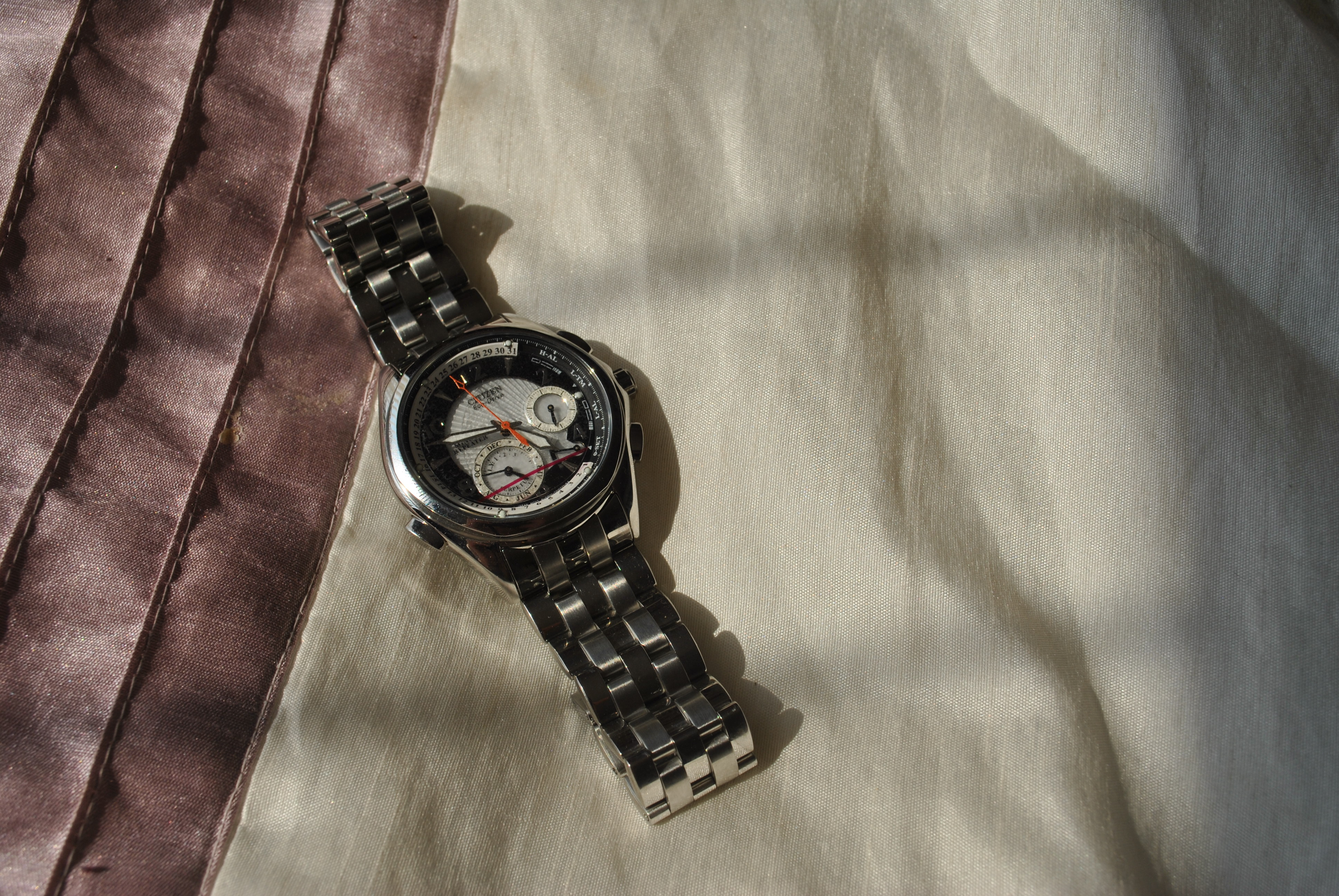 Name:  Minute Repeater.jpg Views: 35 Size:  2.23 MB
