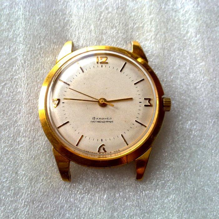 les montres Mir 841699d1349646470-wruw-october-2012-o-2012-mir-2209-faded-brand-3