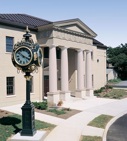 Name:  Museum-building.jpg Views: 48 Size:  58.3 KB