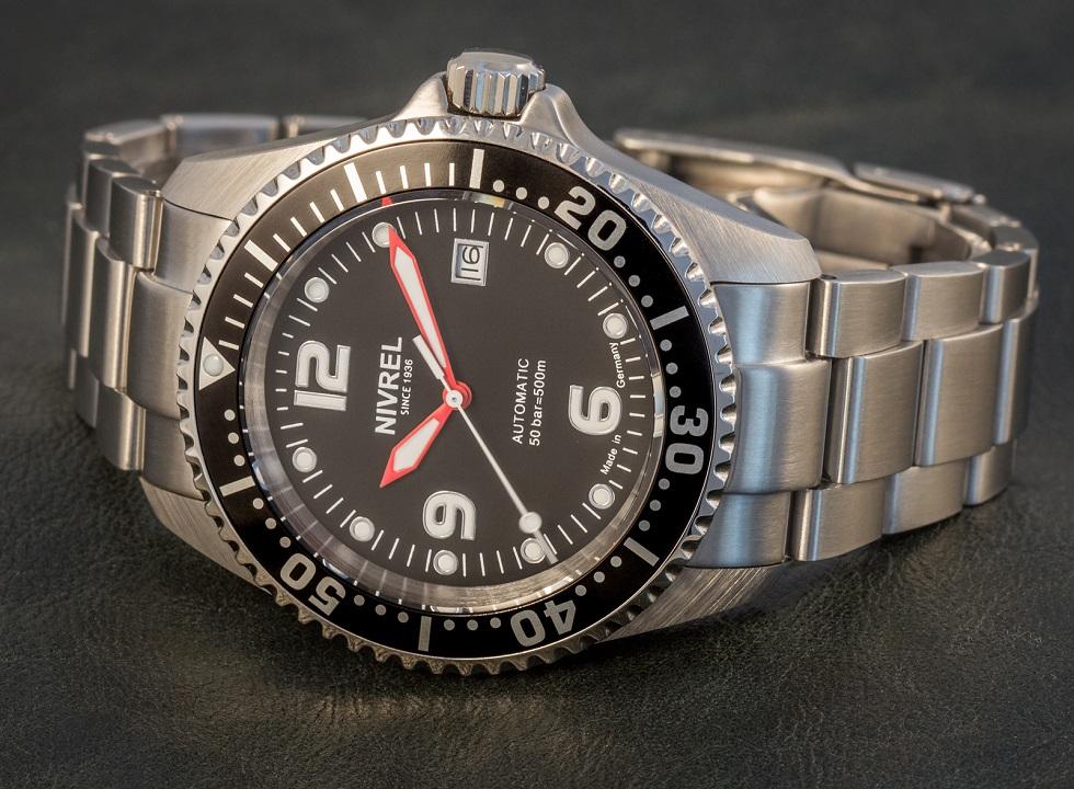 n147001-deep-ocean-red-01
