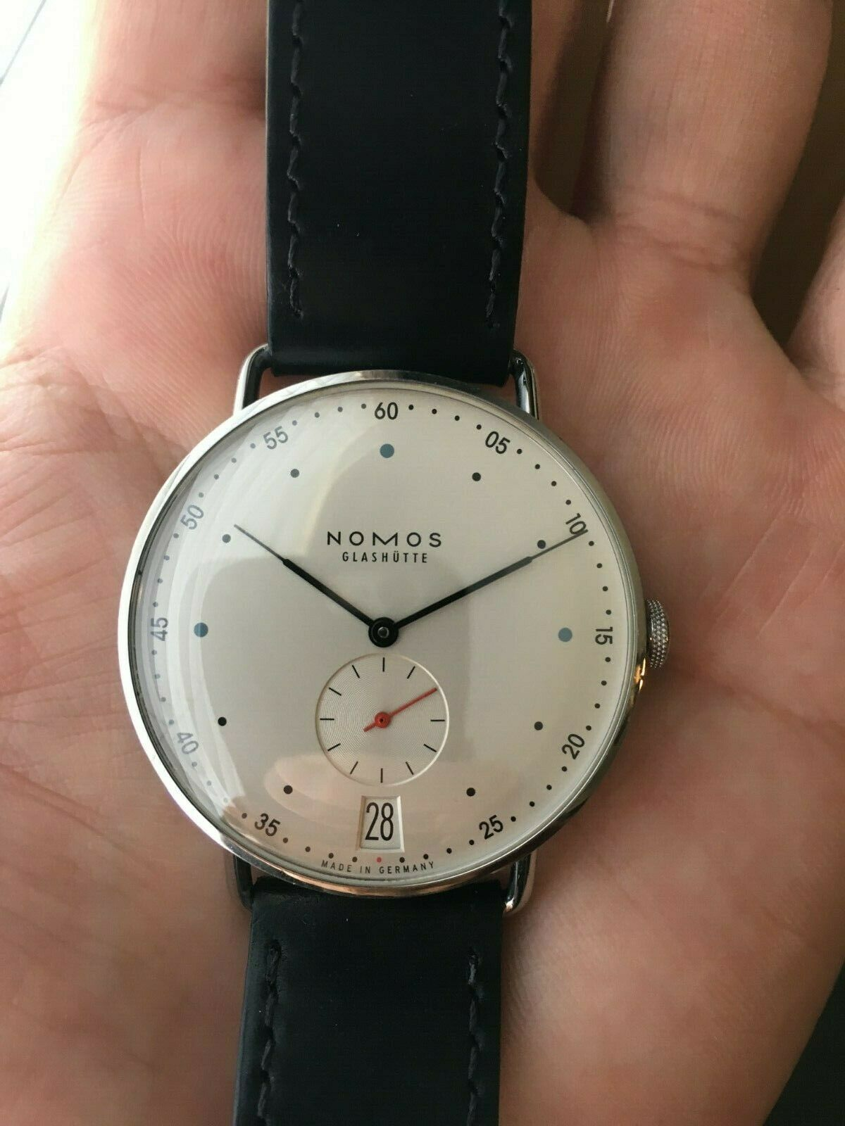 Name:  nomos metro.jpg