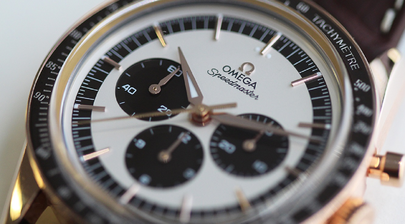 Omega-Speedmaster-Sednagold-First-Omega-in-Space-Dial-Detail-2 (1)