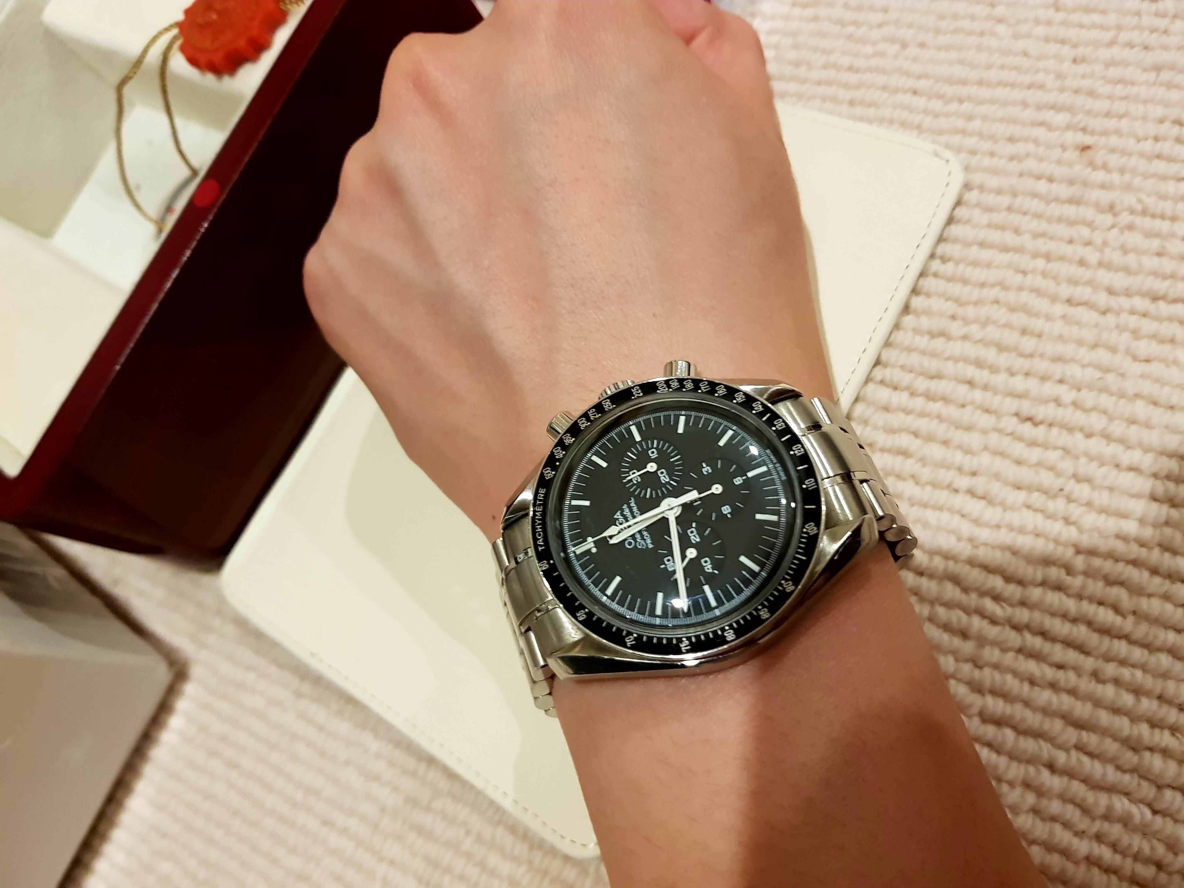 Name:  Omega wrist.jpg Views: 119 Size:  488.6 KB
