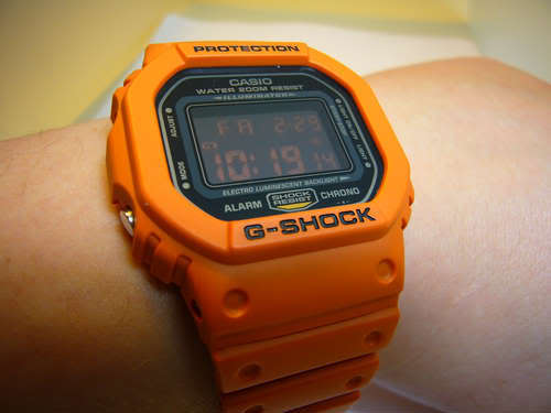Name:  Orange-DW-5600B-wrist.jpg