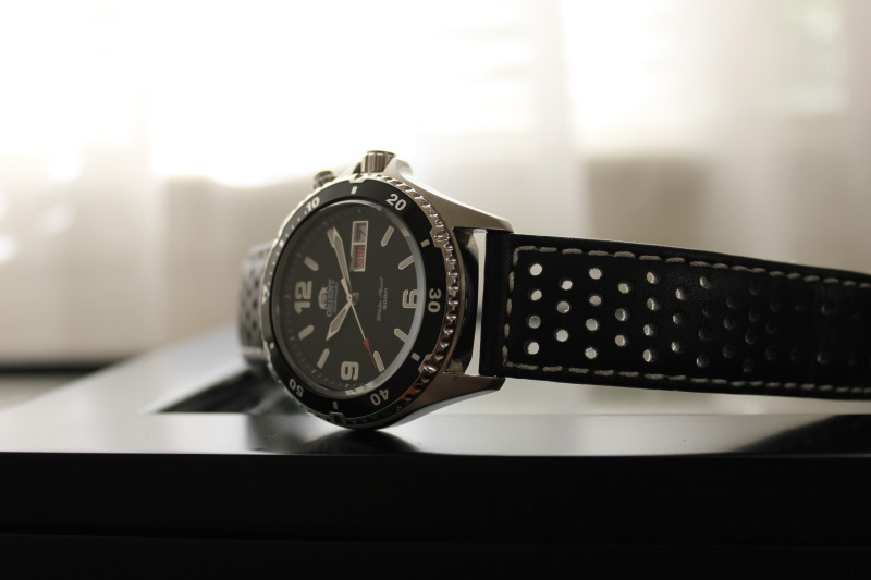 Name:  Orient Black Mako on rally strap from Panatime3.jpg