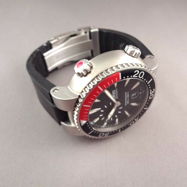 Name:  Oris Carlos Coste Limited Edition 64375847154 2.jpg Views: 354 Size:  68.0 KB