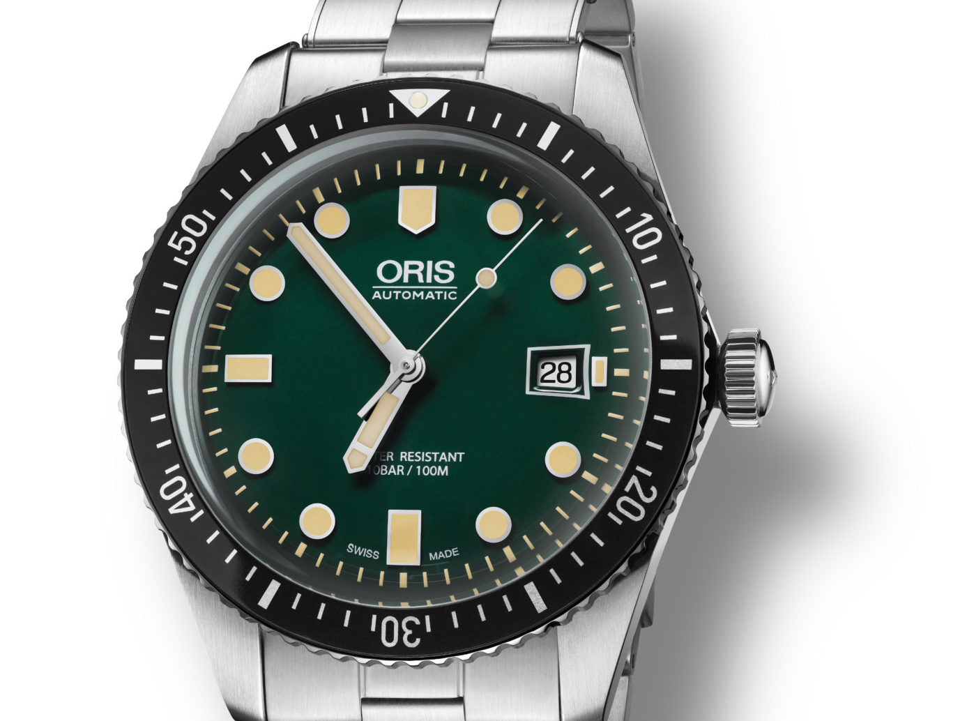 Name:  Oris-Divers-Sixty-Five_Green-e1480959542318.jpg