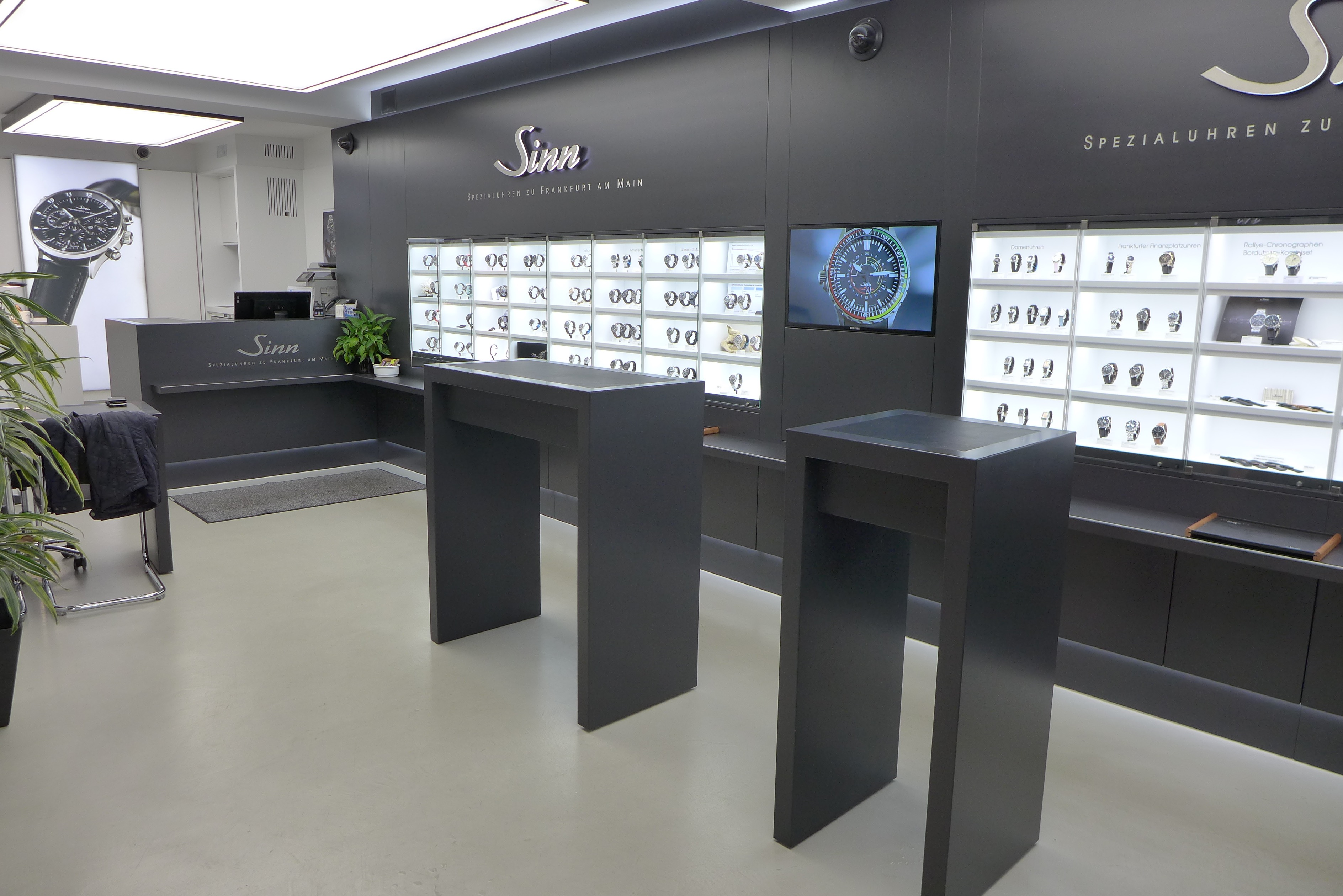 On The Road Again: Visit to Sinn Boutique and Preview of the New Factory