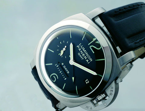 Name:  PANERAI-Luminor-1950-8-Days-GMT-Watch.jpg