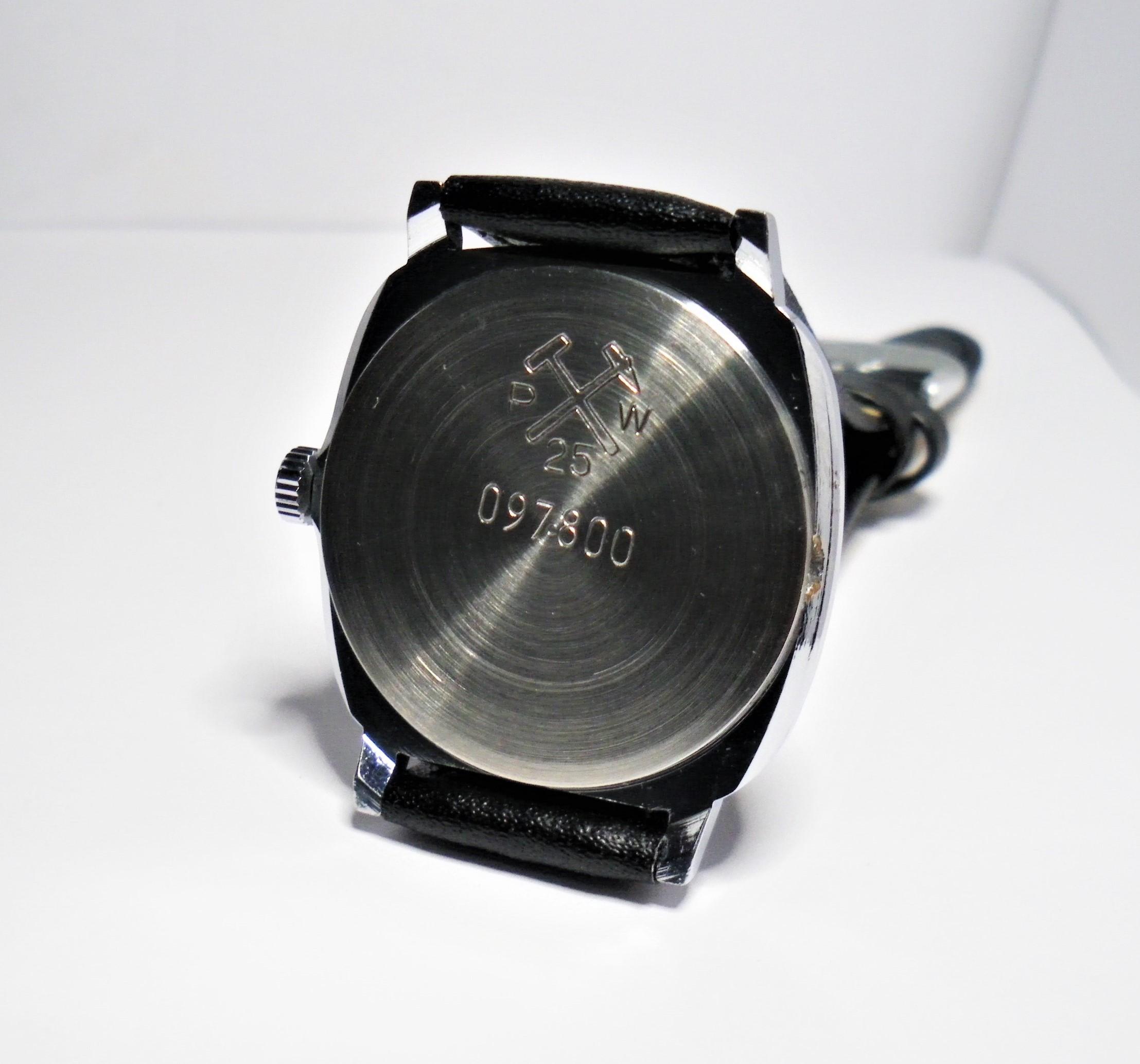 Name:  Poljot 2456 Quartz Black Dial Square Case (2).JPG Views: 241 Size:  477.1 KB