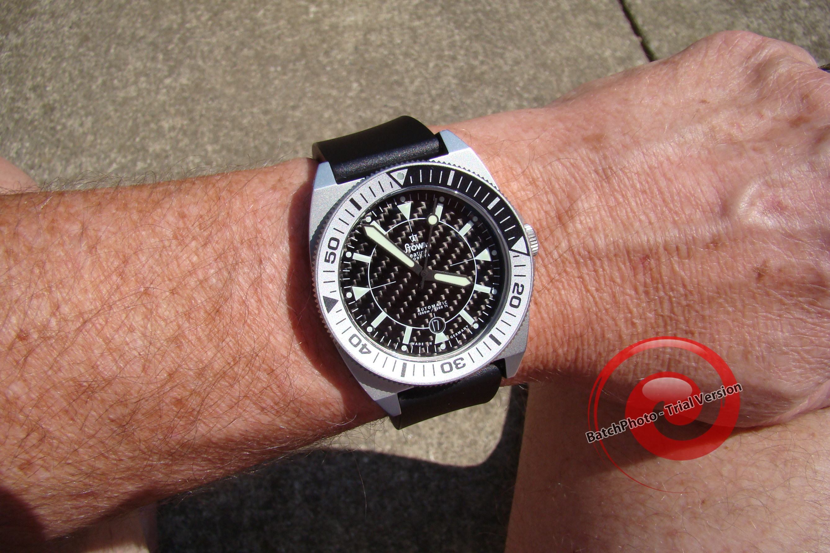 Name:  ProDiver summer 2012 011.jpg