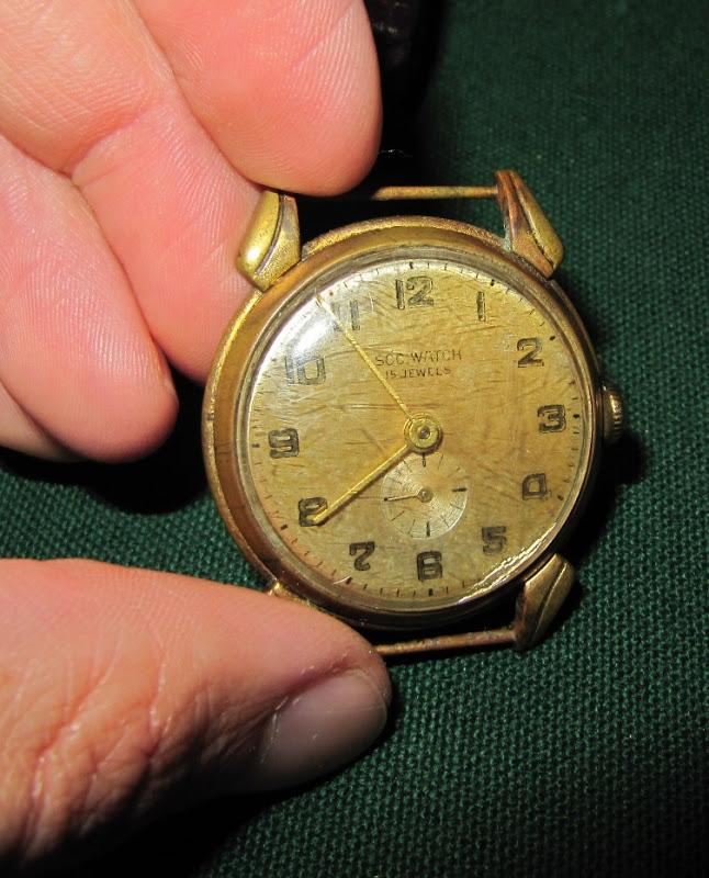 Name:  Reloj SOC-05.jpg Views: 339 Size:  141.8 KB