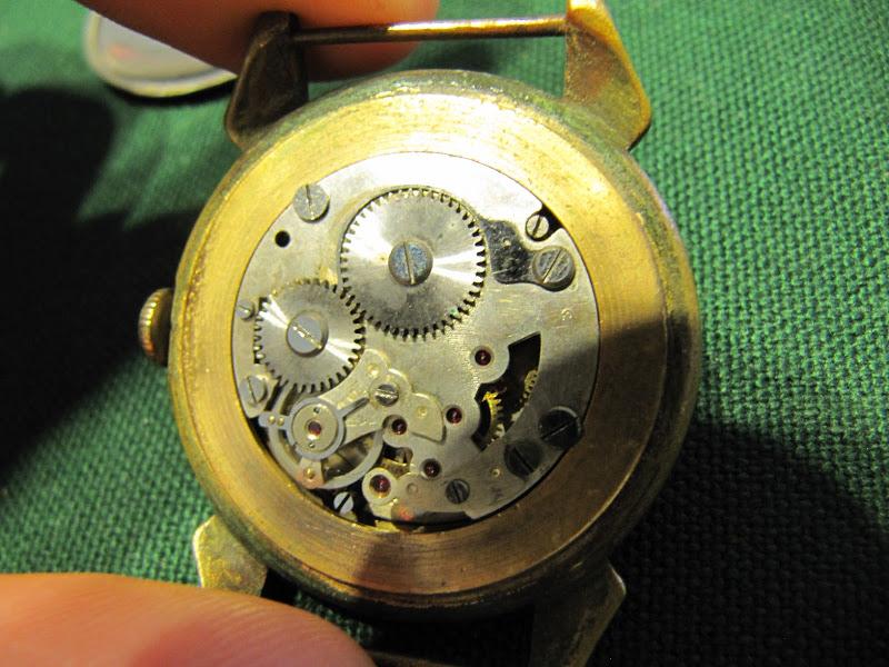 Name:  Reloj SOC-08.jpg Views: 324 Size:  153.4 KB