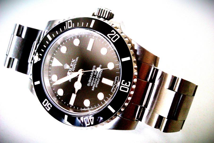 Name:  Rolex Submariner 114060 Nodate 13_resize.jpg Views: 377 Size:  212.6 KB