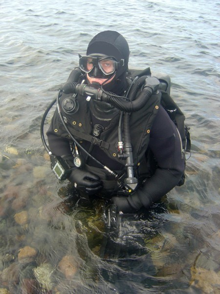 Name:  royal-Navy-Clearance-Divers-Life-Support-Equipment-CDLSE.jpg