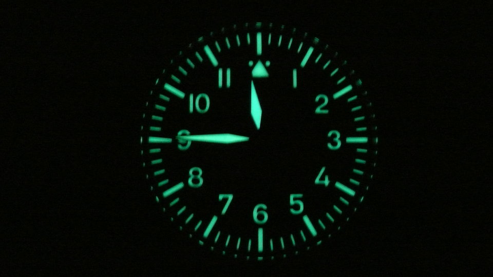 Name:  rsz_2_hand_flieger_lume.jpg