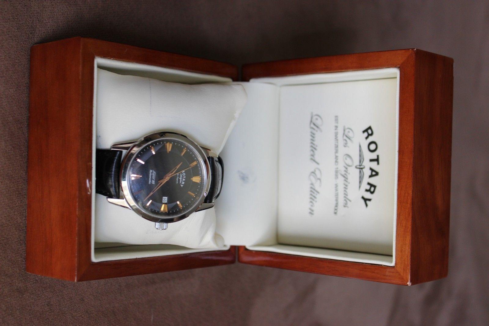 Это отличные оригинальные часы самого высокого качествадоступны ремешки для некоторых моделей.